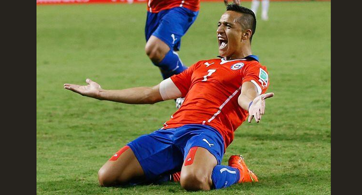Alexis Sanchez with Kinesio Tape FIFA World Cup 2014